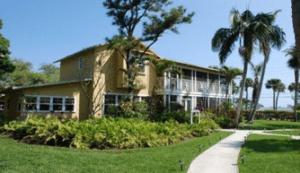 12 Keys Rehab Center for Drug and Alcohol Detoxification